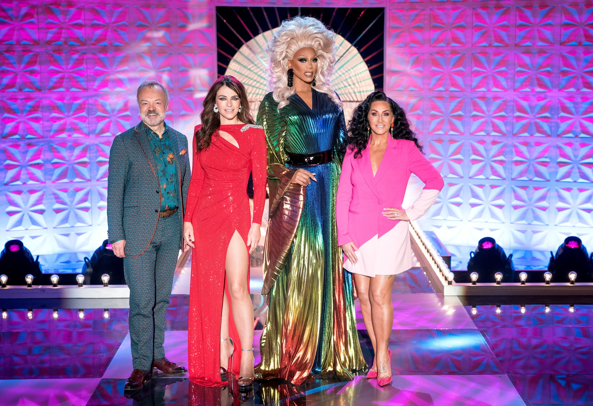 13 Differences Between UK and US Drag Race